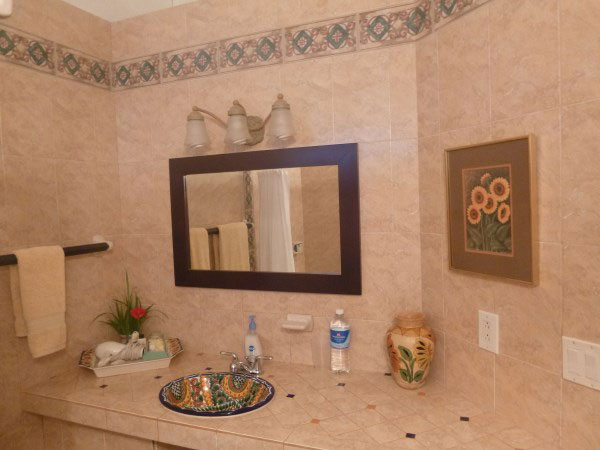Image of Garden Room bathroom